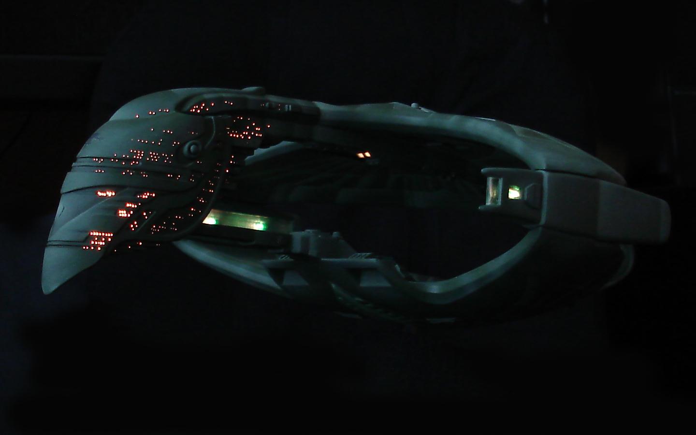 Starships video with lyrics